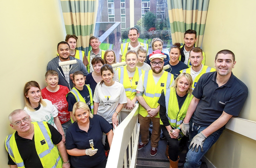 Image of all the volunteers that helped paint the Longford Centre